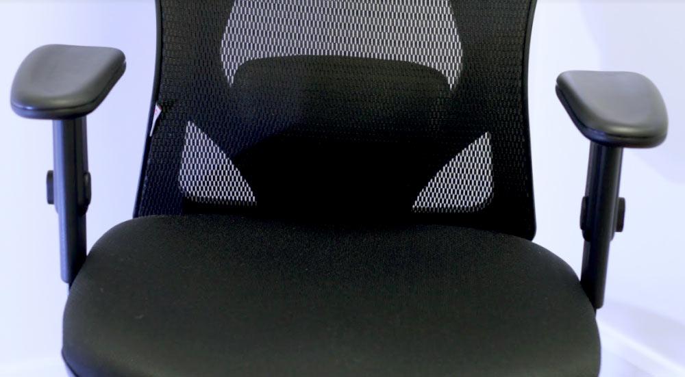 Vista frontal de la silla de oficina Sihoo M18